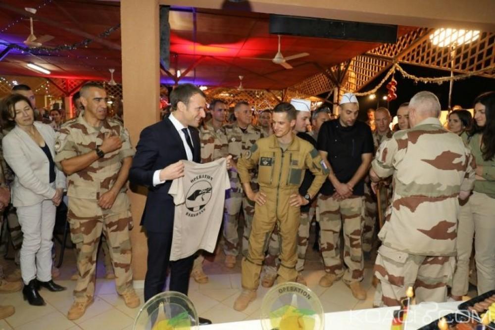 Niger: Emmanuel Macron à Niamey pour fêter Noël  avec ses forces  et rencontrer Mahamadou Issoufou