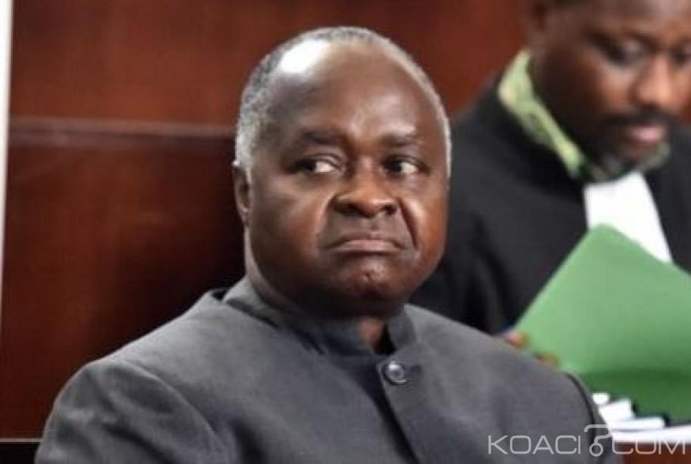Côte d'Ivoire: L'ancien ministre de Gbagbo, Hubert Oulaye condamné à vingt ans de prison sans mandat de dépôt