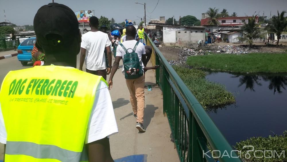 Côte d'Ivoire: Guerre des pétards de fête la nuit à Abidjan