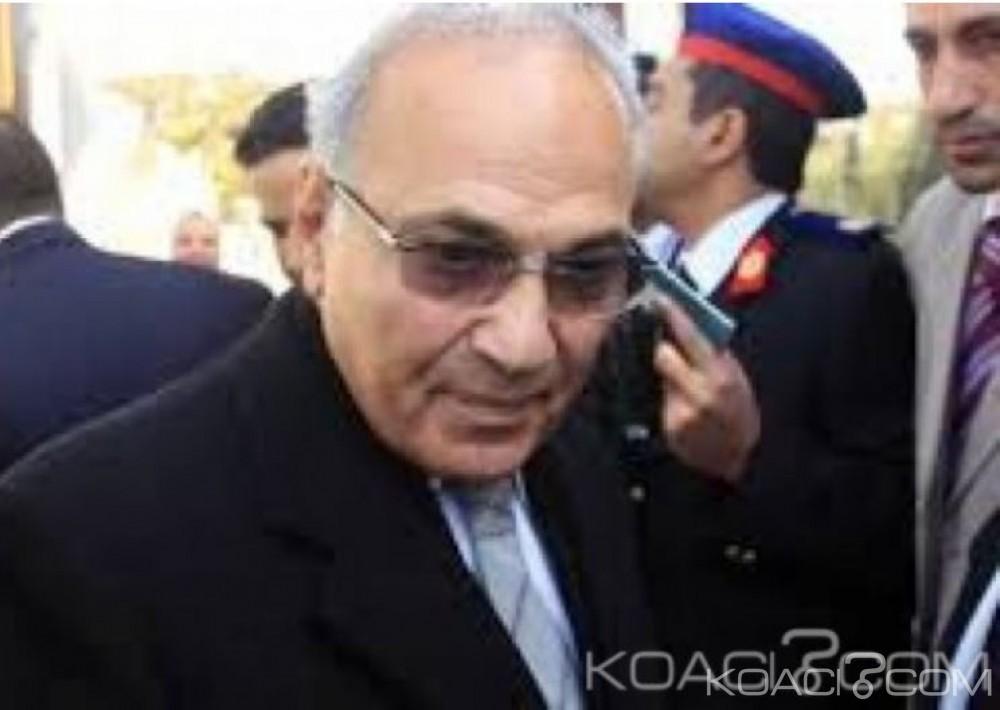 Egypte:  L'ancien premier ministre de Moubarak renonce  à la présidentielle de 2018