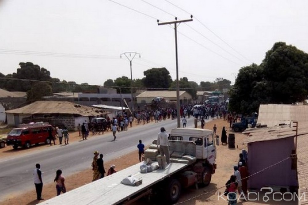 Gambie: Suspension de toutes les activités politiques