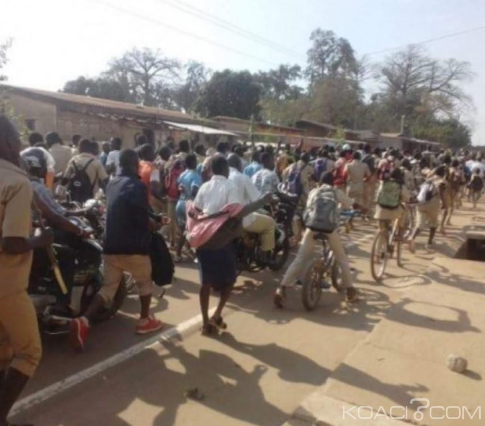 Côte d'Ivoire: Lakota, pour avoir perturbé les cours, trois élèves écopent de 10 jours de privation de cours