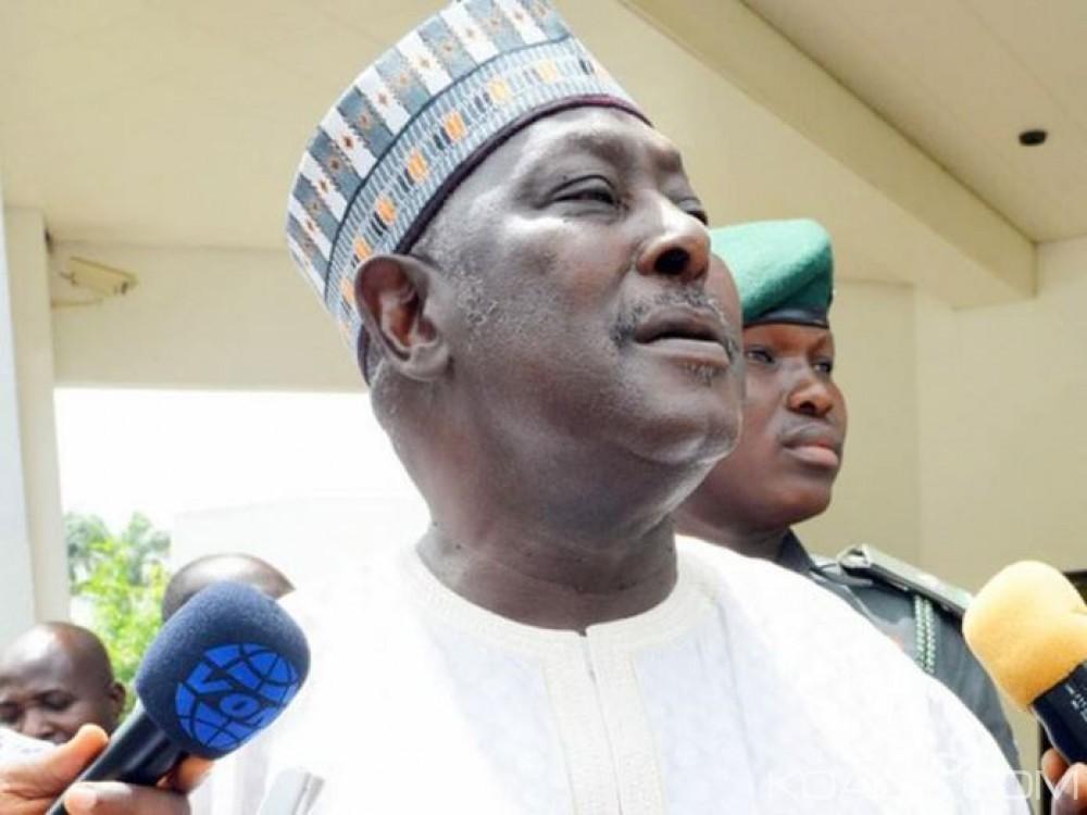 Nigeria: L'agence anti-corruption arrête un ancien proche de Buhari