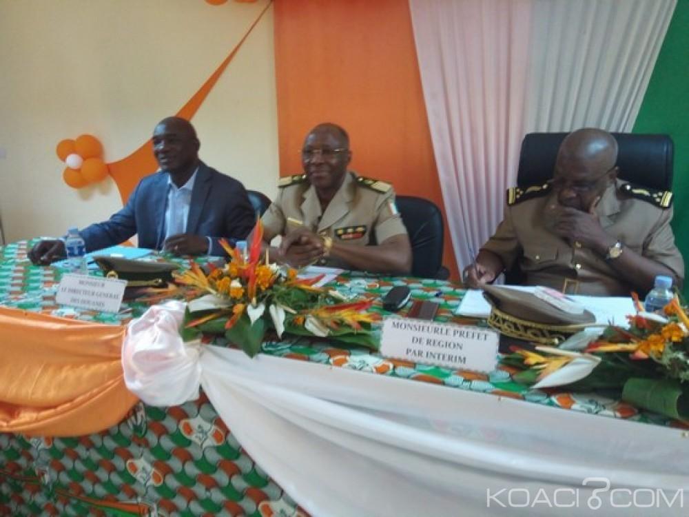 Côte d'Ivoire: 12 motos et 03 pick-up pour traquer les vendeurs illégaux de production de noix de cajou dans le Gontougo