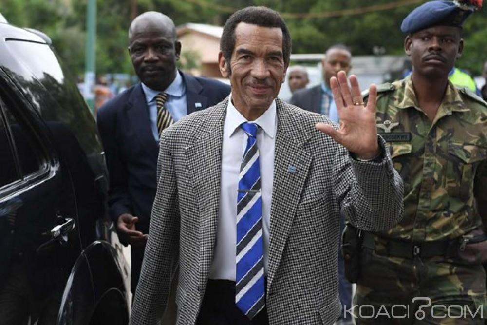 Botswana:  Le Président Ian Khama s'en va pour respecter la constitution