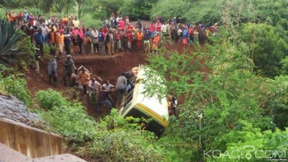 Tanzanie:  12 morts et 46 blessés dans la collision  entre un bus et un camion
