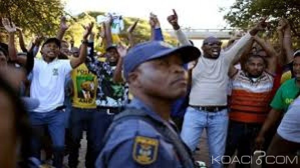 Afrique du Sud: Un adolescent tué dans de violentes manifestations anti-corruption