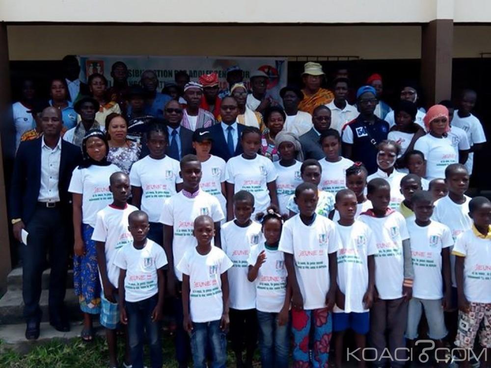 Côte d'Ivoire: Attecoubé, sensibilisation d'adolescents en vue de les détourner des actions des «microbes»