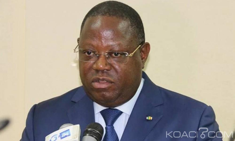 Gabon: Emmanuel Issoze-Ngondet reconduit premier ministre par Ali Bongo