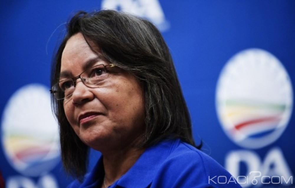Afrique du  Sud:  La maire du cap débarquée par son propre parti