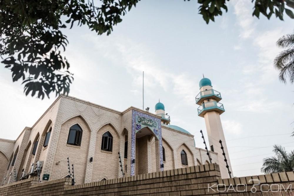 Afrique du Sud: Un engin explosif retrouvé dans une mosquée visée par  une attaque au couteau