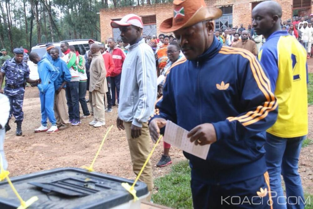Burundi: Jour de référendum, affluence devant les bureaux de vote, l'opposition dénonce des «intimidations»