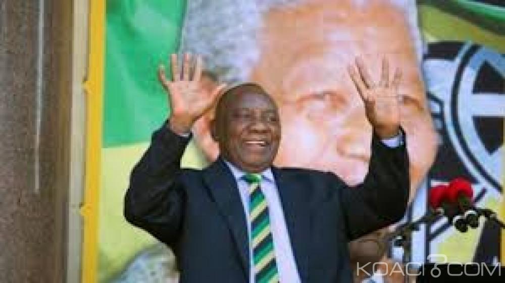 Afrique du Sud: Ramaphosa offre 50 % de son salaire pour une œuvre caritative