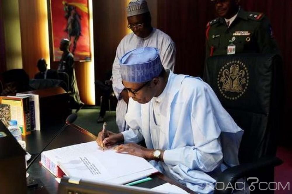 Nigeria: Le projet de loi sur l'à¢ge minimum aux postes électifs enfin signé