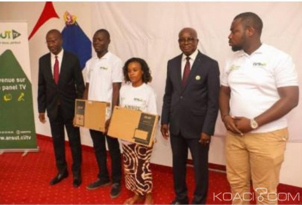 Côte d'Ivoire: Plus de 2500 jeunes initiés aux nouveaux outils numériques  à travers la caravane «ANSUT Blog Camp»
