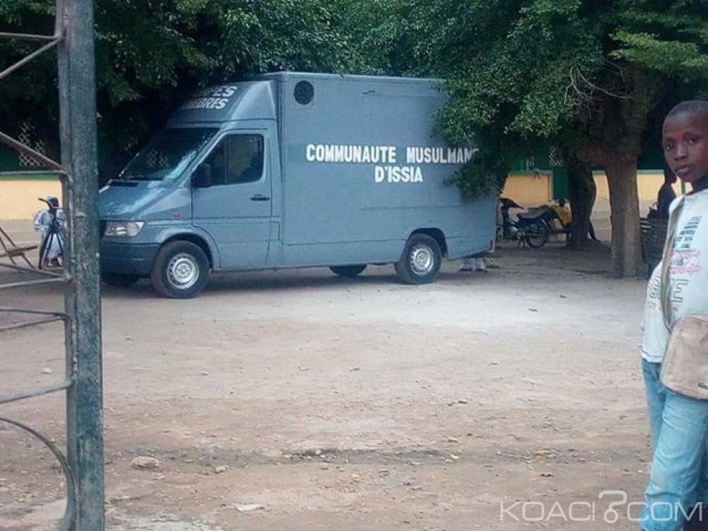 Côte d'Ivoire: Issia, un candidat du pouvoir pour les municipales offre un corbillard à la communauté musulmane pour le transport de ses corps