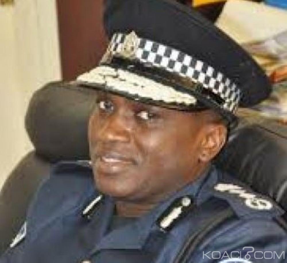 Gambie:  Le chef de la police rend sa démission après la mort de trois manifestants