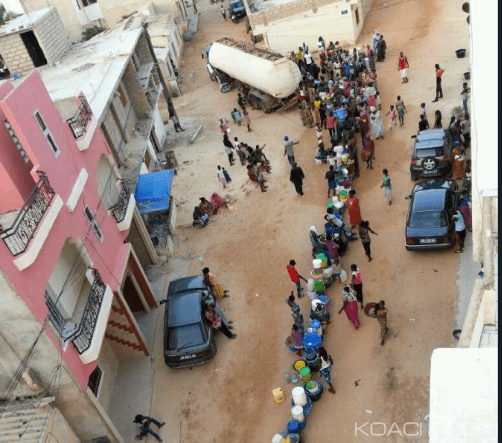 Sénégal : Pénurie d'eau depuis près d'un mois à Dakar, les internautes lancent  #EauSecours et s'attaquent au ministre