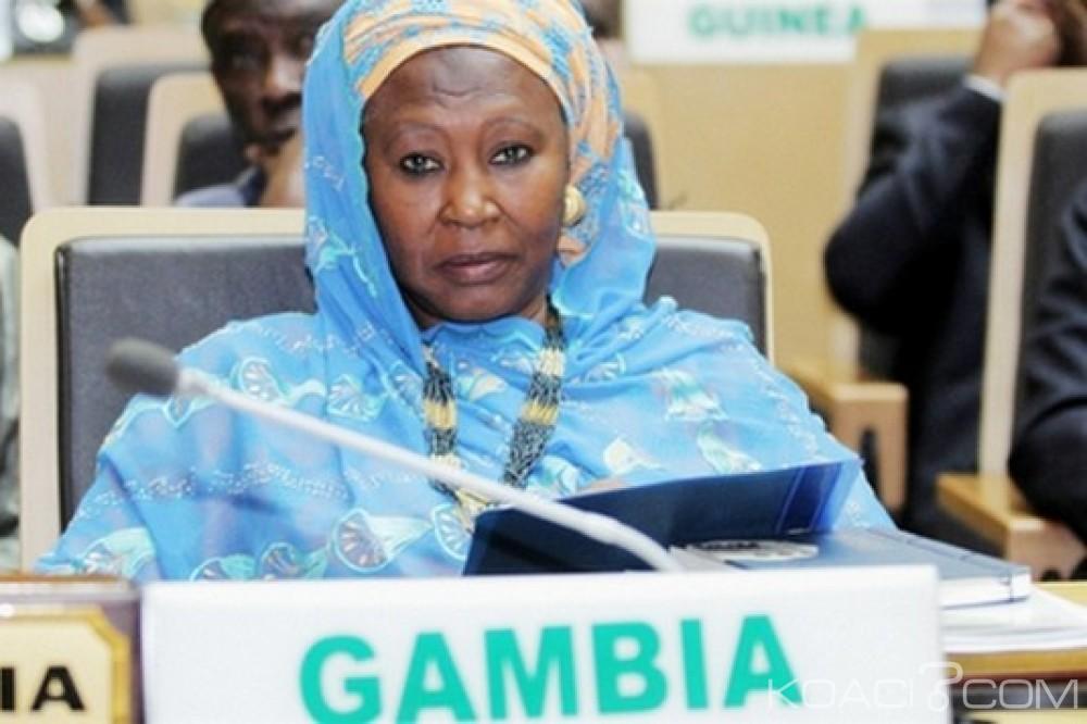 Gambie: Démission de l'ancienne vice-présidente Jallow-Tambajang du gouvernement