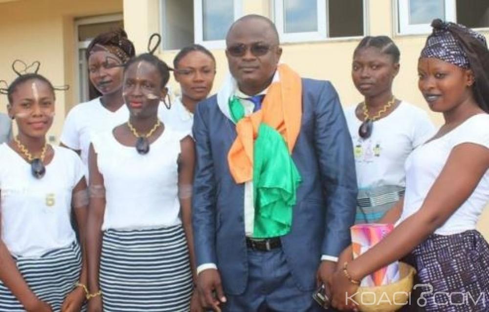 Koacinaute: Manifeste de l'Ivoironie