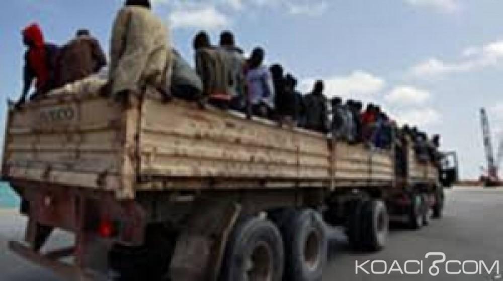 Libye:  Huit migrants retrouvés morts asphyxiés dans un camion près de Zouara