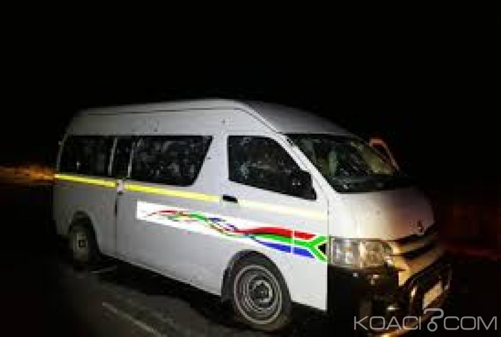 Afrique du Sud: 11 chauffeurs de taxis abattus  au  retour  d'un enterrement