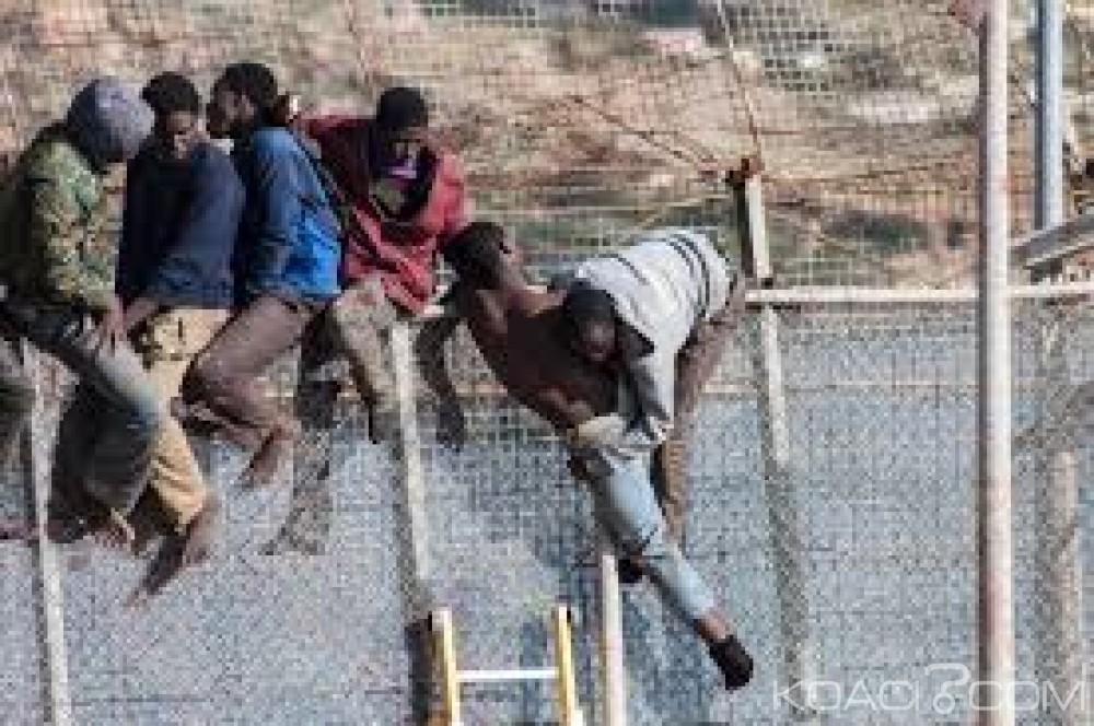 Maroc: Plus de 600 africains forcent la barrière  à Ceuta en lançant  des excréments