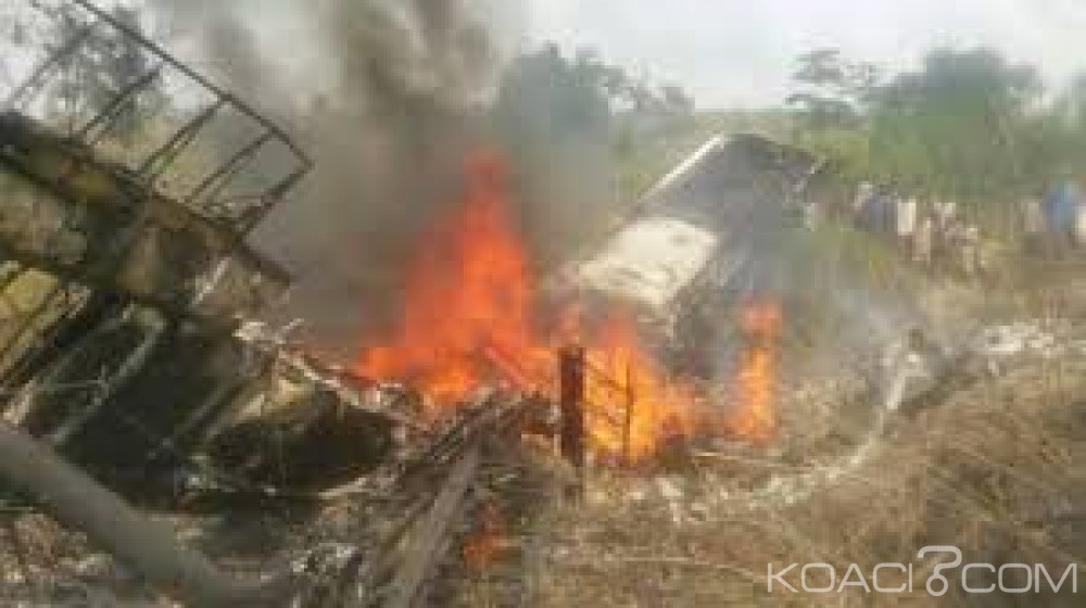 RDC: Un avion Antonov s'écrase après son décollage à Kamako, 5 morts au moins