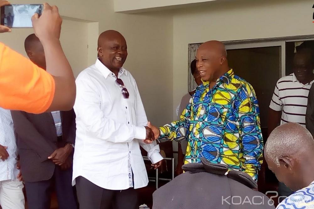 Côte d'Ivoire: Chez Assoa, Anaky tire encore ses flèches sur Ouattara
