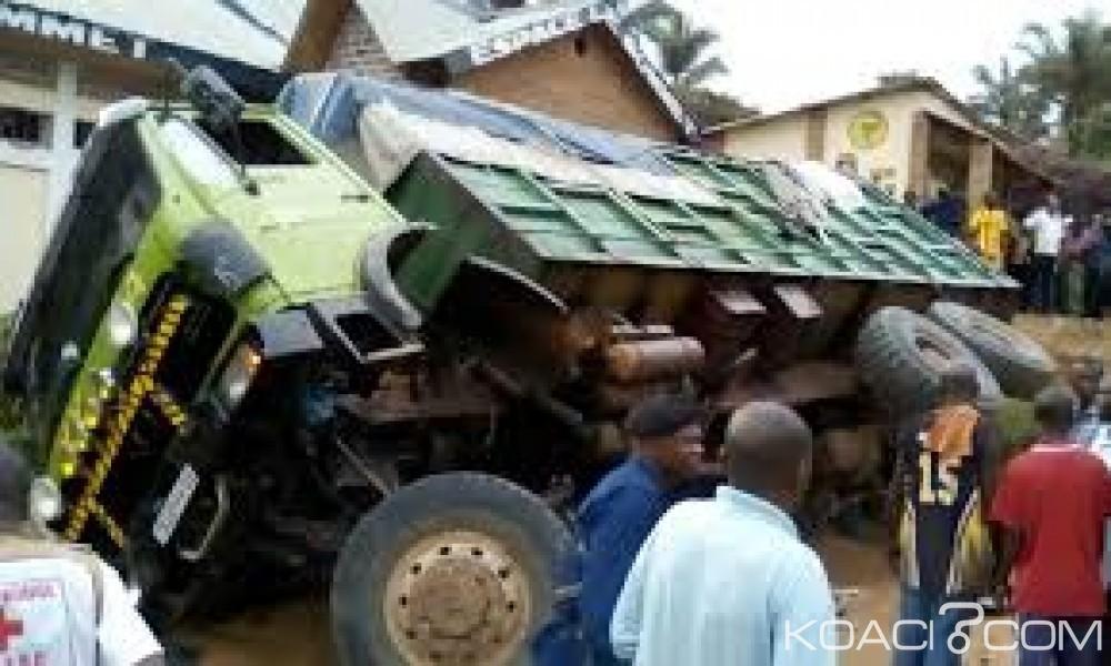 RDC: Conduit par un chauffeur ivre, un camion  se renverse  et fait 10 morts
