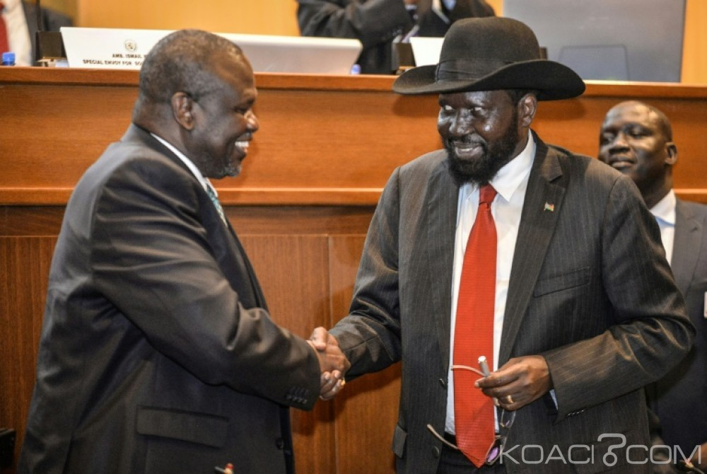 Soudan du Sud:  A Addis Abeba , Salva Kiir et  l'ex- chef rebelle Riek Machar signent un accord de paix
