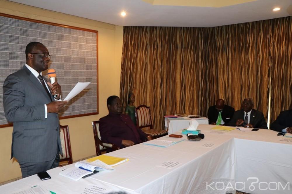 Côte d'Ivoire : En attendant de savoir si le PDCI participera ou non aux locales 2018, 500 chefs traditionnels Akan débarquent à Daoukro pour soutenir Bédié