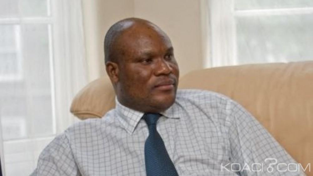 Congo : L'opposant Paulin Makaya  bloqué à l'aéroport  par la police
