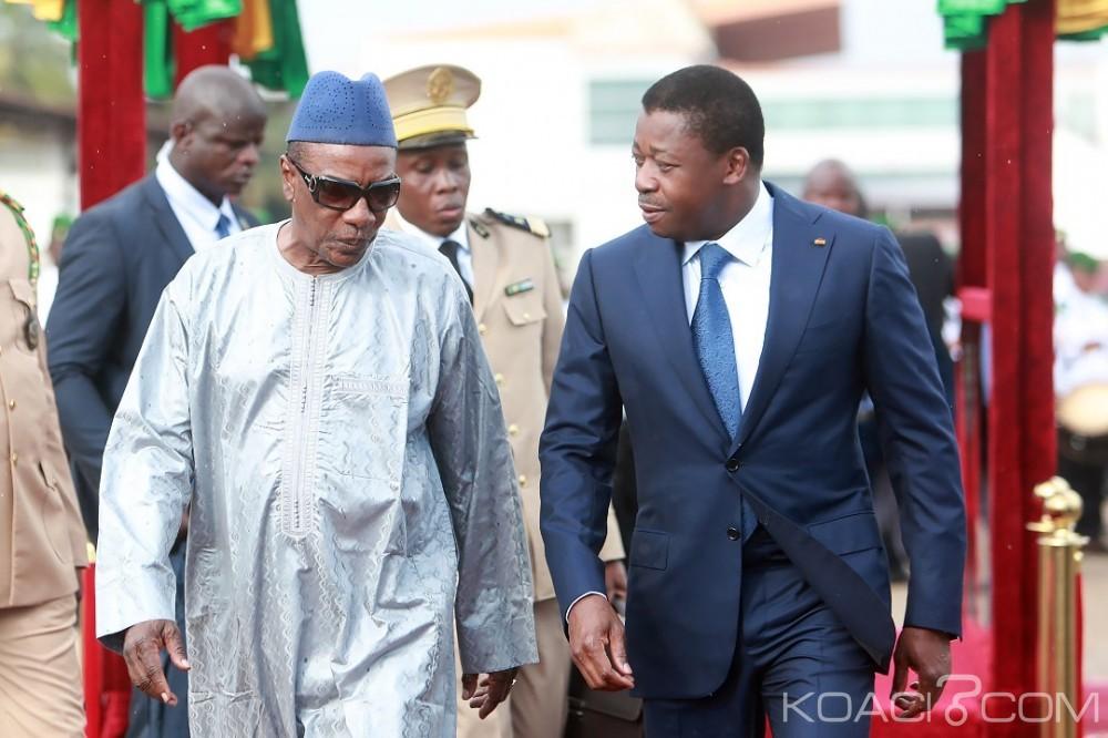 Guinée : 60è anniversaire, Alpha Condé dresse les priorités et mission du pays, une dizaine de Présidents à Conakry