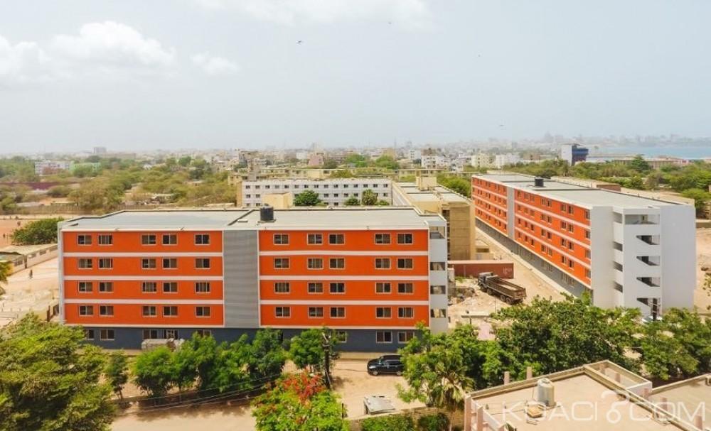 Sénégal: Voyage risqué de Sall à l'Université de Dakar, trois ans après y avoir été «caillassé»