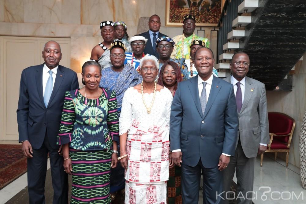 Côte d'Ivoire : La reine du royaume baoulé reçue au palais présidentiel en pleine crise entre Bédié et Ouattara