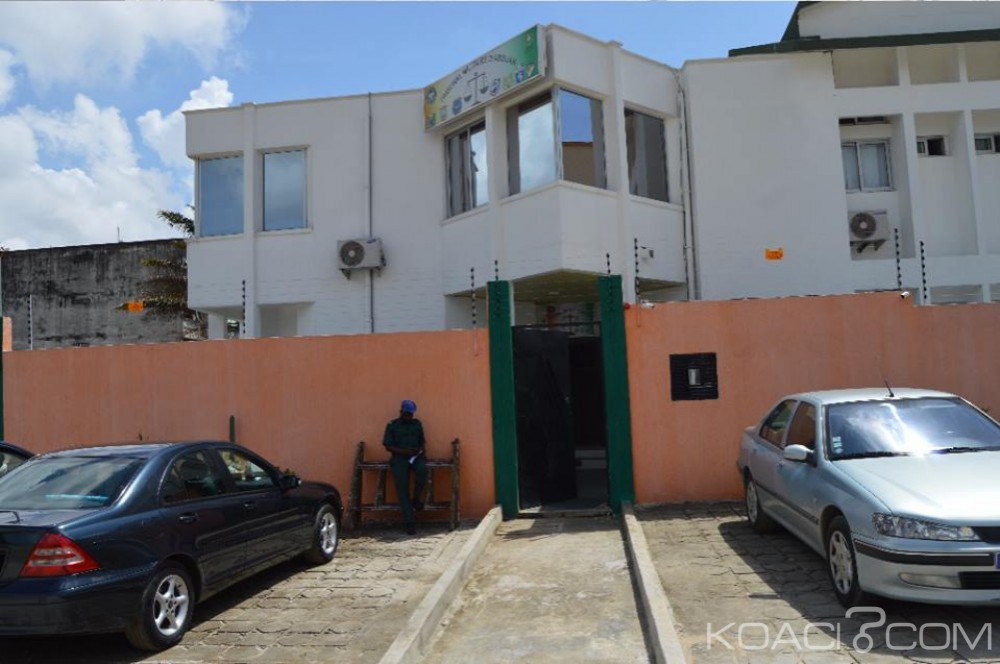 Côte d'Ivoire : Le Tribunal Militaire d'Abidjan (TMA) délocalisé à Cocody, 119 dossiers de rackets et de corruption toujours en attente