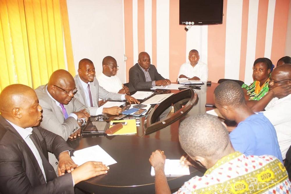 Côte d'Ivoire : Les éditeurs de la presse papier subventionnée annoncent une journée presse morte le jeudi 25 octobre