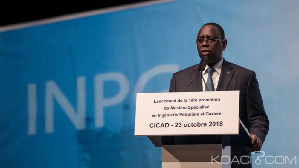 Sénégal: Sall inaugure le premier Institut du pétrole et du gaz d'Afrique de l'Ouest et interdit ses étudiants de grève
