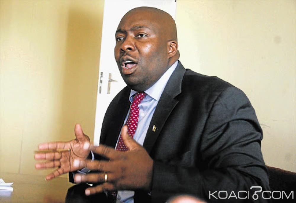 Zimbabwe : Accusés de corruption, deux anciens ministres de Mugabe traduits en justice