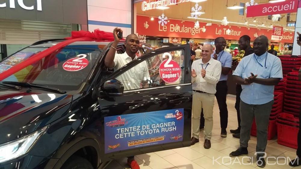 Côte d'Ivoire: Le premier gagnant de la grande tombola Playce reçoit sa voiture, le second reste introuvable