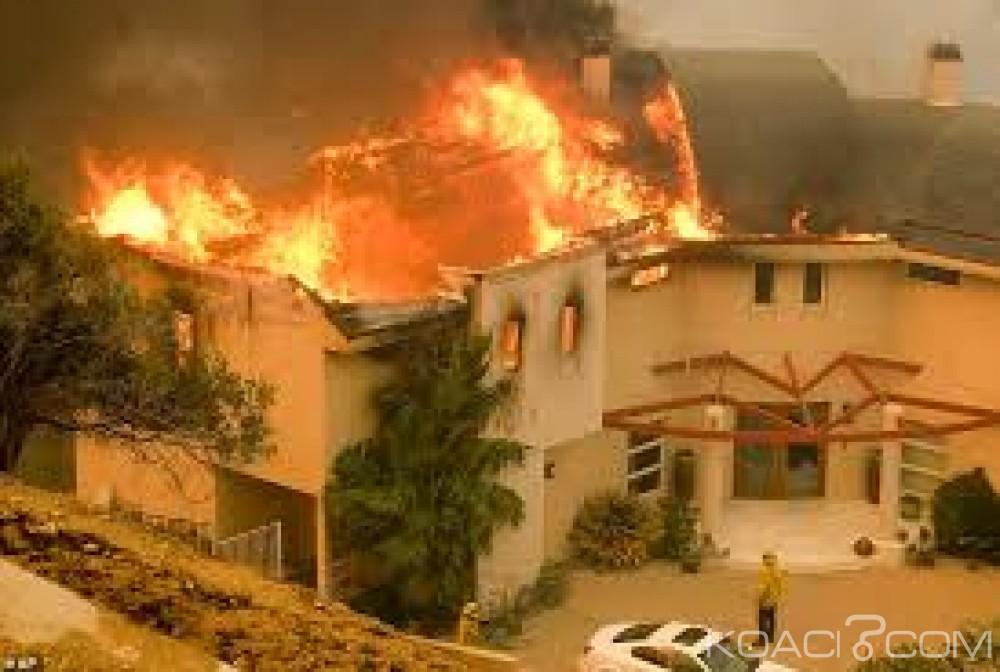 Ouganda : 11 écoliers meurent brûlés et 20 blessés dans l'incendie de leurs dortoirs