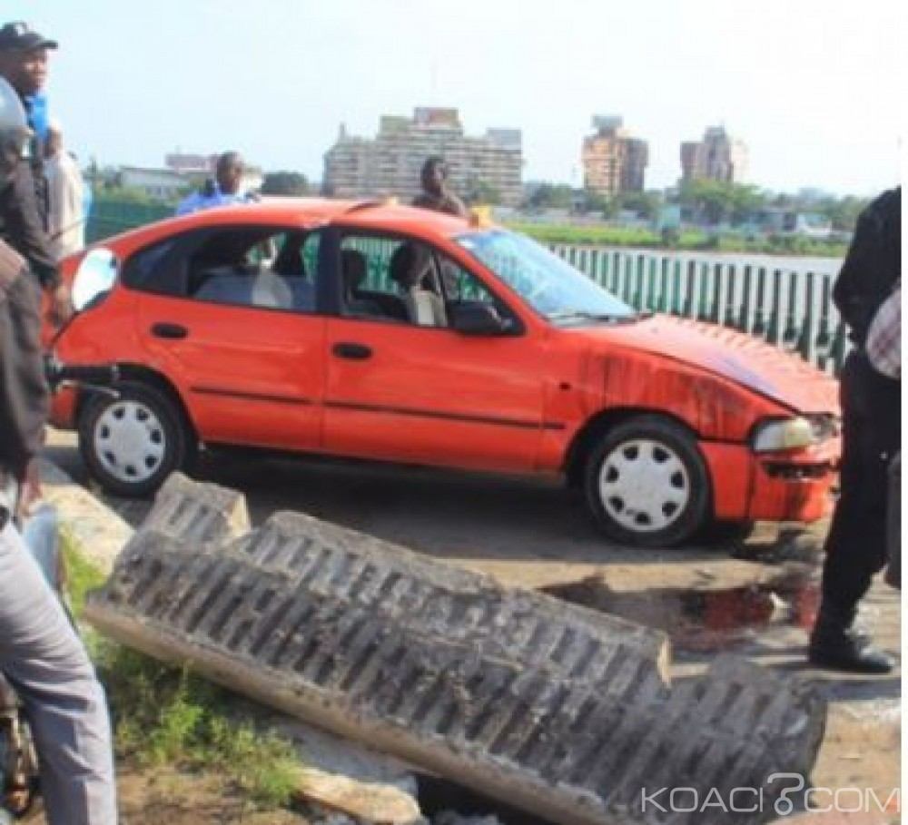 Côte d'Ivoire : Après le drame de la fourgonnette, un taxi manque de plonger dans la lagune au pont de Gaulle