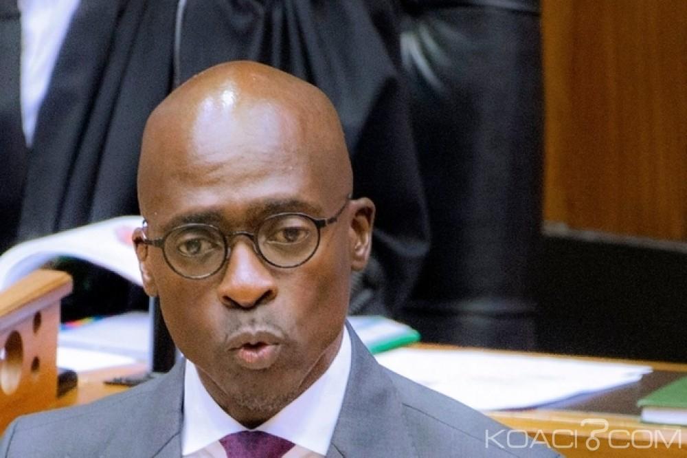 Afrique du Sud : Sex-tape, le ministre de l'intérieur quitte ses fonctions