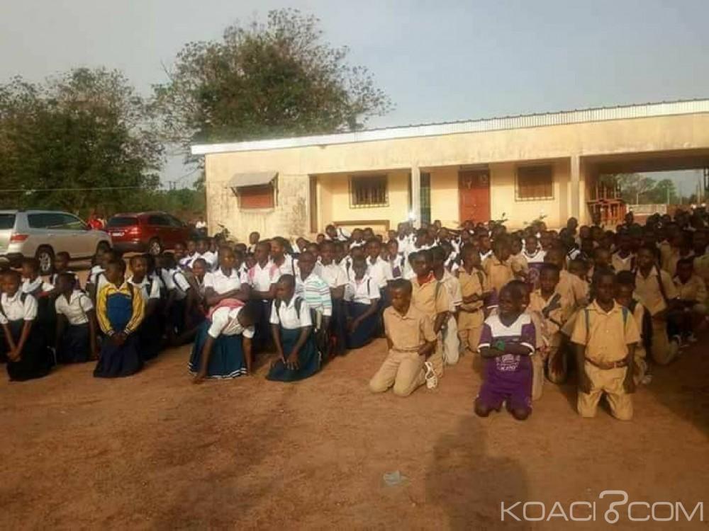 Côte d'Ivoire : Des élèves protestent à Kani contre le manque de tables-bancs