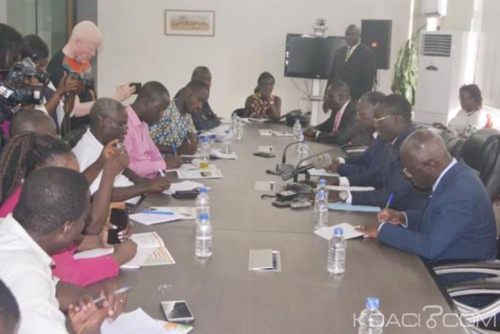 Côte d'Ivoire : L'Etat révèle avoir consenti 900 milliards pour les fonctionnaires et invite  les syndicats à respecter l'accord d'août 2017