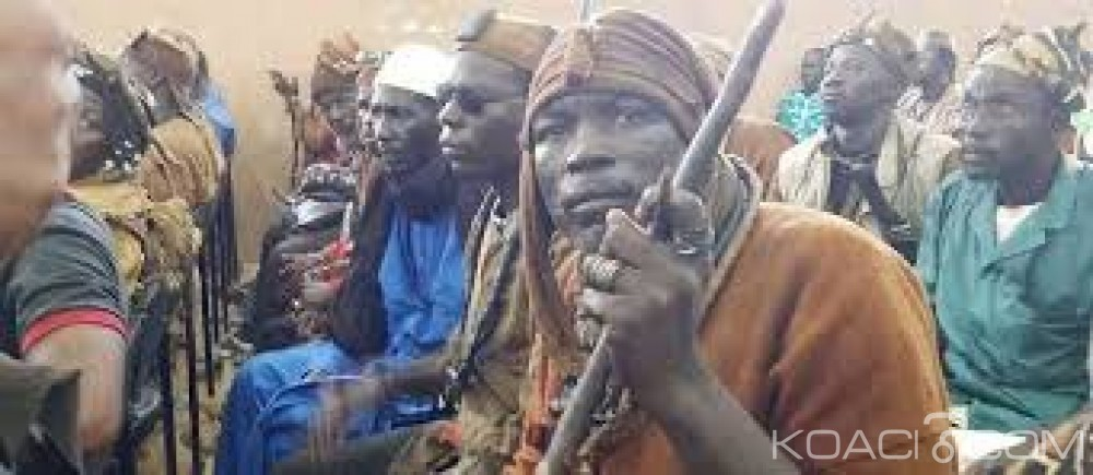Mali  : Neuf civils peuls tués  dans une attaque attribuée à des chasseurs dogons à Ouenkoro