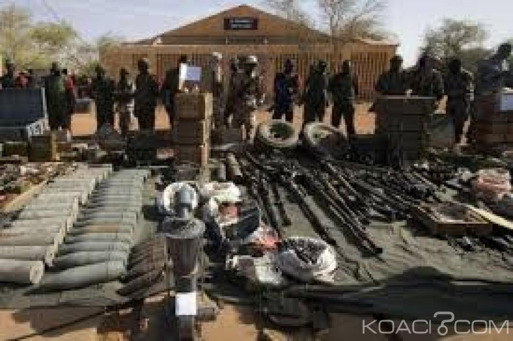Mali:  1500 combattants au moins déposent les armes au Nord