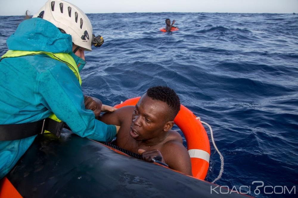 Libye : 10  migrants survivent en mer 11 jours après leur naufrage, 15 morts au large