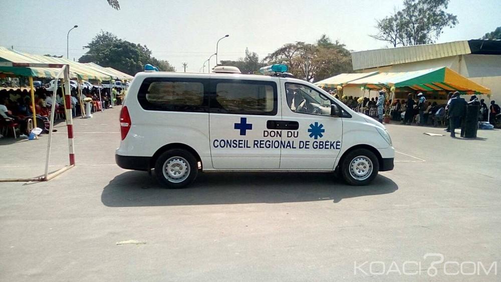 Côte d'Ivoire : Avant la passation avec Mangoua, le conseil régional du Gbêké livre des ambulances